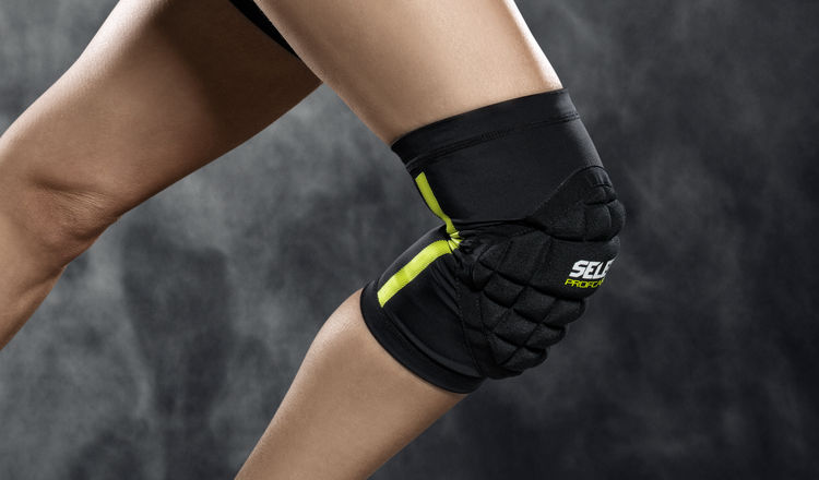 6251W Compression Knee Support Women